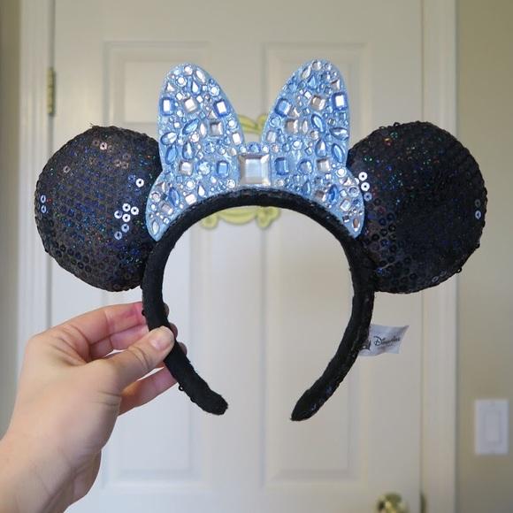 eed1f943f9ecd Disneyland diamond celebration Minnie Mouse ears